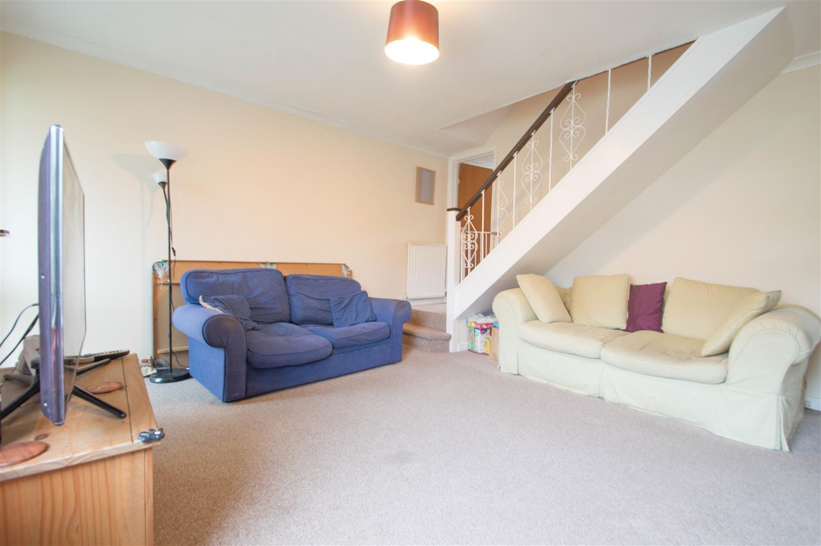 Phenomenal Property Details For Attfield Walk Eastbourne East Sussex Inzonedesignstudio Interior Chair Design Inzonedesignstudiocom